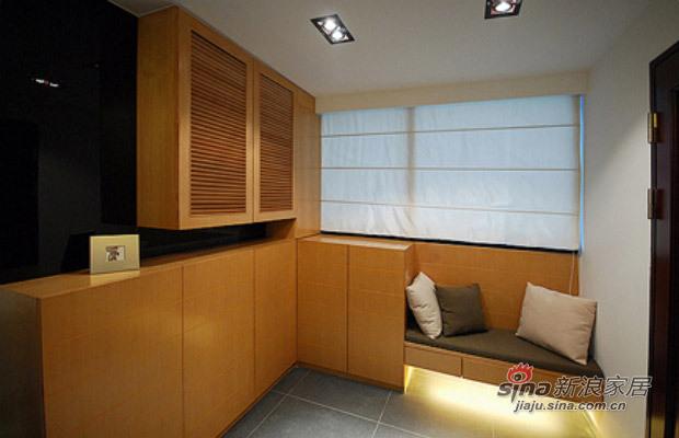 现代 三居 玄关图片来自佰辰生活装饰在白领光影打造82平现代简约家71的分享