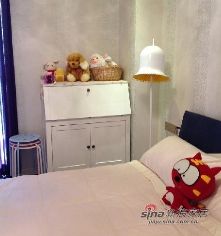 混搭 三居 卧室图片来自用户1907655435在混搭138平温馨3房2厅2卫72的分享