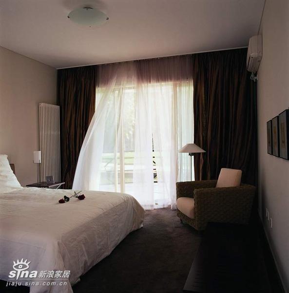 中式 四居 卧室图片来自用户2757926655在80后超简约懒人设计34的分享