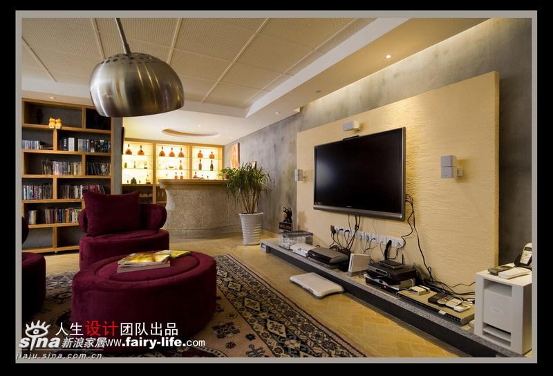 简约 别墅 客厅图片来自用户2557010253在张扬中享低调风格别样生活24的分享