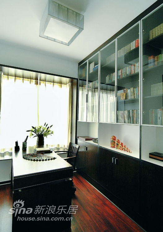 中式 三居 客厅图片来自用户2740483635在现代中式48的分享