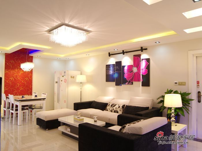 简约 二居 客厅图片来自用户2559456651在2室旧房魔变现代简约新居65的分享