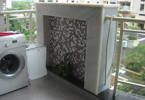 简约 三居 阳台图片来自用户2738093703在132平米薰衣草清新家居3居室63的分享