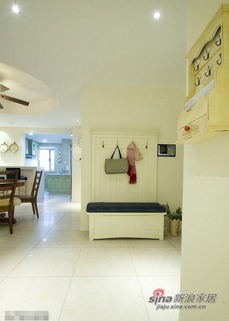简约 三居 玄关图片来自用户2737950087在好丈夫6万装修90平温馨家园68的分享