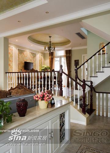 欧式 别墅 客厅图片来自用户2746889121在功能齐全的别墅空间28的分享