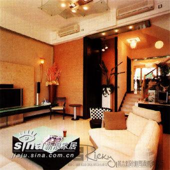 简约 别墅 客厅图片来自用户2739081033在香港浅月湾别墅69的分享
