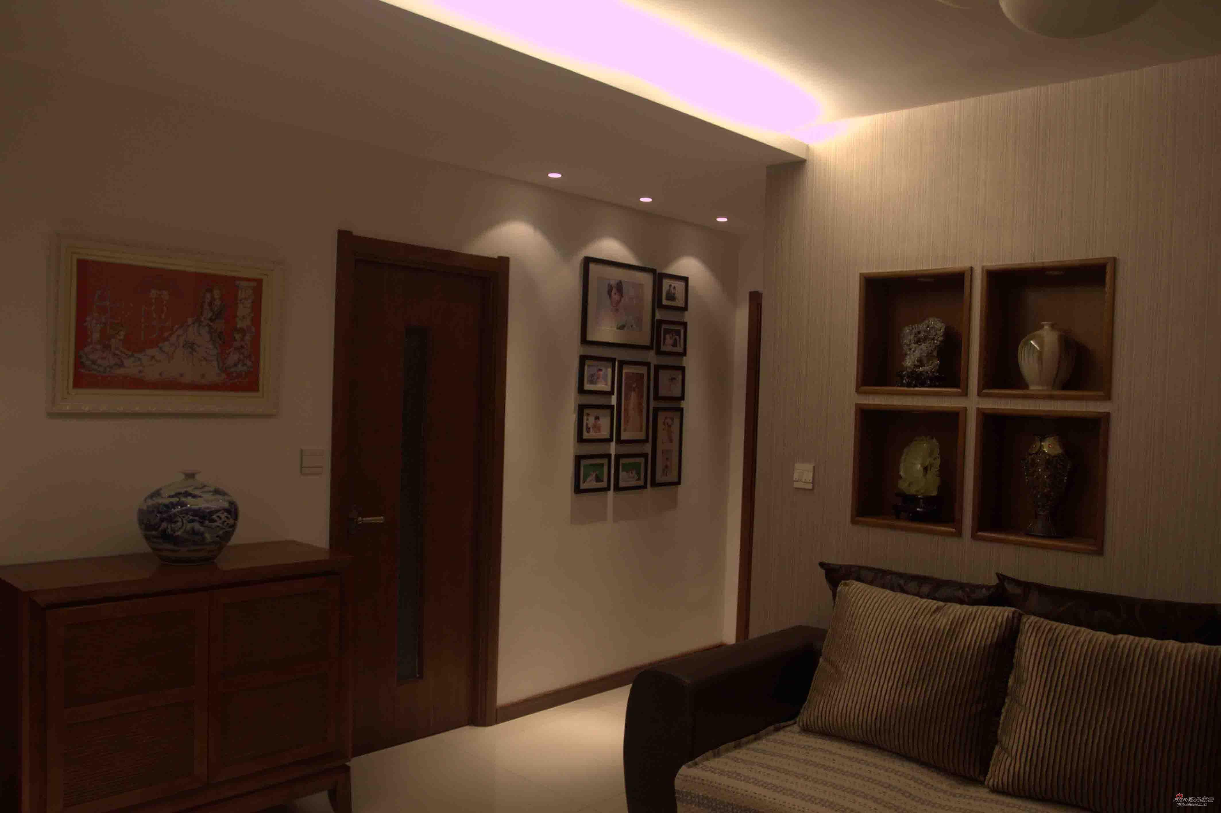 简约 三居 客厅图片来自用户2737786973在新东南亚风格铸造新婚爱巢94的分享