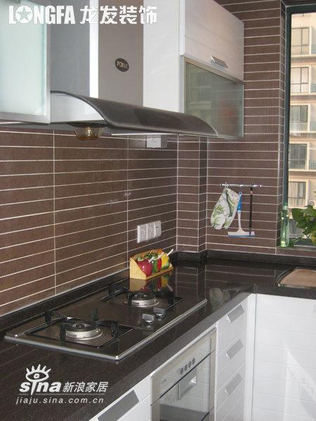 简约 二居 厨房图片来自用户2739153147在三口之家-实景图90的分享