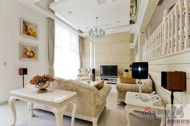 欧式 复式 客厅图片来自用户2745758987在7万装170平简欧风格复式居82的分享
