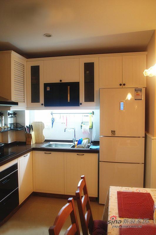 混搭 二居 厨房图片来自佰辰生活装饰在新蓝领夫妻75平简约混搭之家81的分享