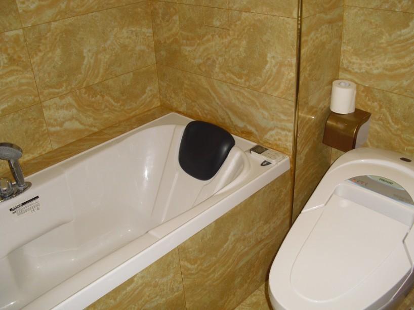 中式 三居 卫生间图片来自用户1907659705在中式空间10的分享