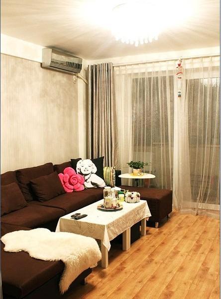 美式 二居 客厅图片来自用户1907685403在15万打造110平现代美式风舒适家25的分享