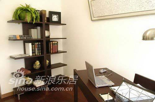 简约 二居 书房图片来自用户2737735823在6万装120平简约富贵家45的分享