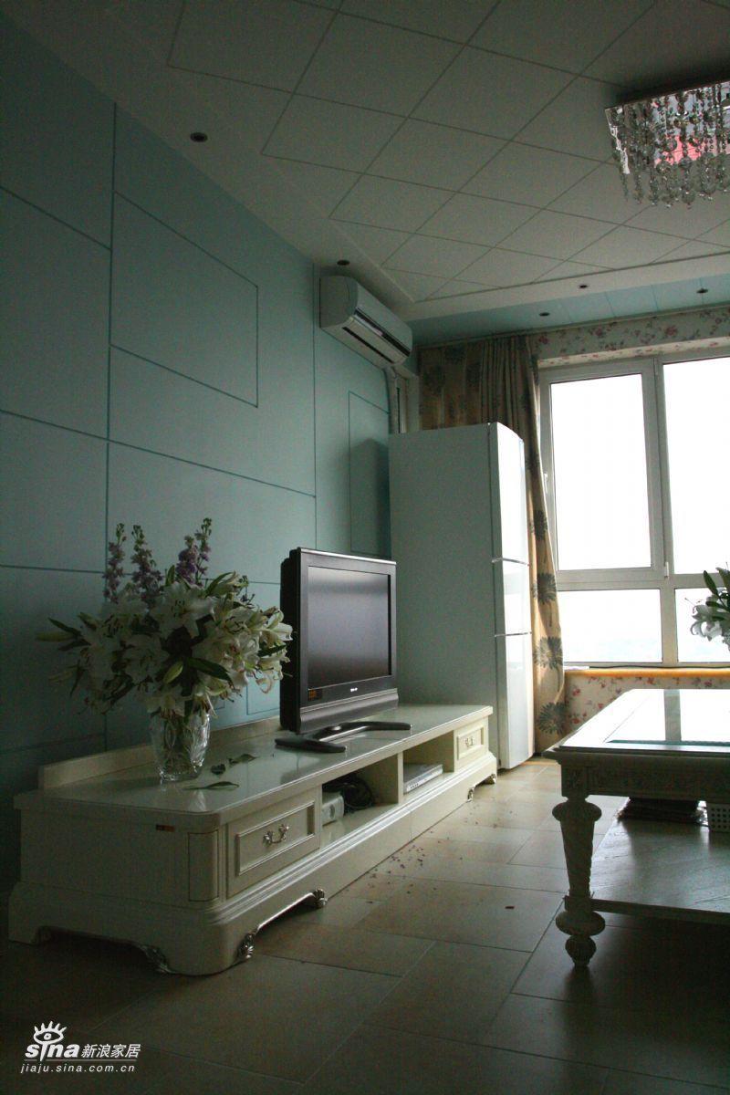 欧式 二居 客厅图片来自用户2745758987在东方雅苑40的分享