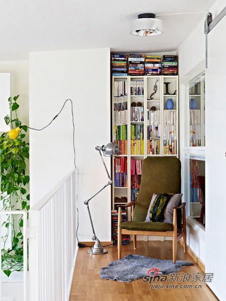 欧式 别墅 书房图片来自用户2757317061在124平米小型连排住宅35的分享