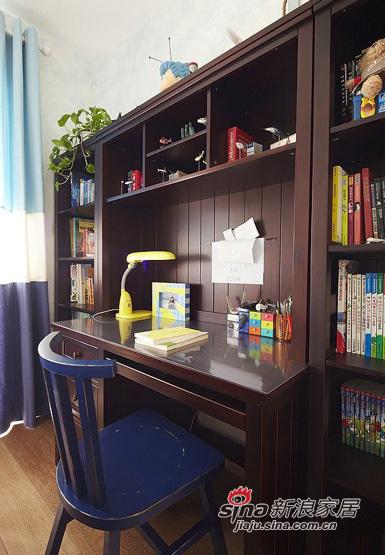 简约 三居 书房图片来自用户2737782783在小夫妻5.8万大造110平简约三居室94的分享