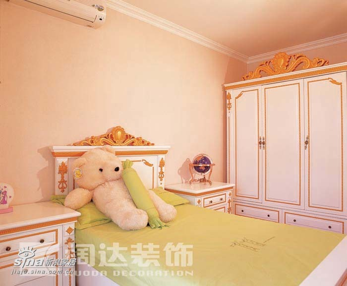 简约 一居 儿童房图片来自用户2738093703在欧式与现代的交融73的分享