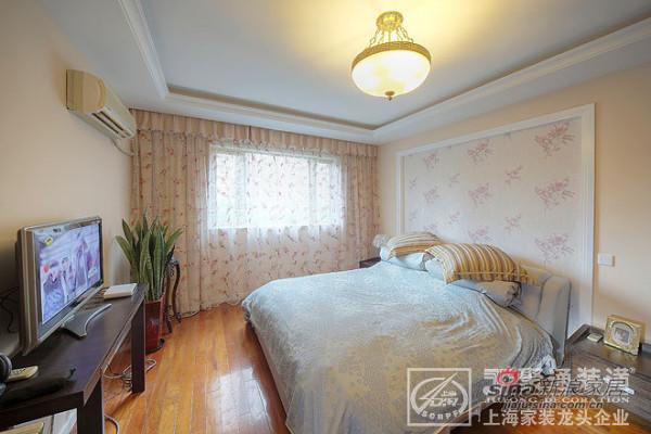 简约 一居 客厅图片来自用户2737782783在上海聚通装潢作品-华敏世纪广场86的分享