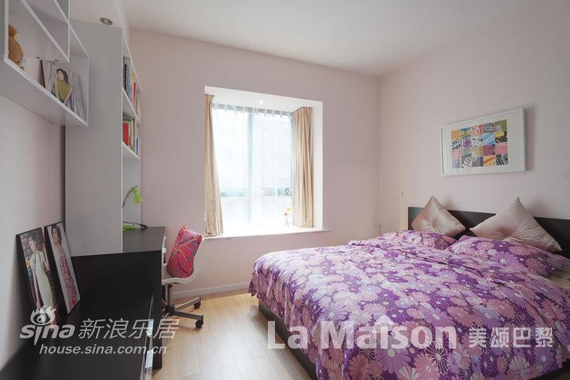 简约 二居 卧室图片来自用户2737759857在美颂巴黎现代简约87的分享
