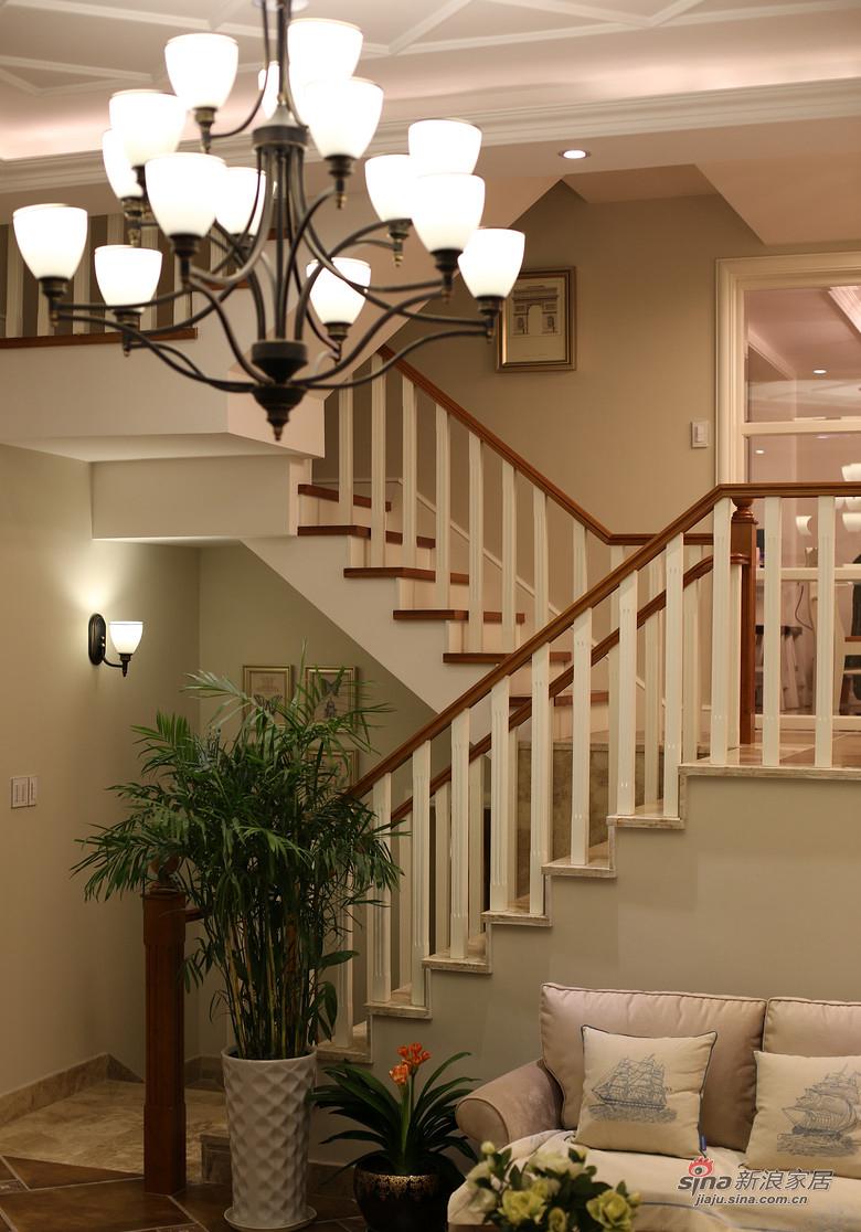 混搭 复式 楼梯图片来自装修微日记在【高清】178平大气混搭时尚复式空间64的分享