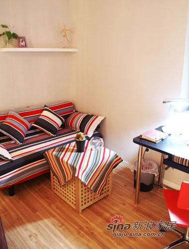 简约 一居 卧室图片来自用户2745807237在65平的一室一厅50的分享