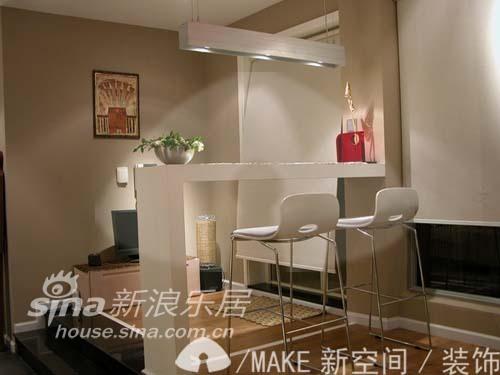 简约 一居 客厅图片来自用户2558728947在简单浪漫主义小跃层61的分享