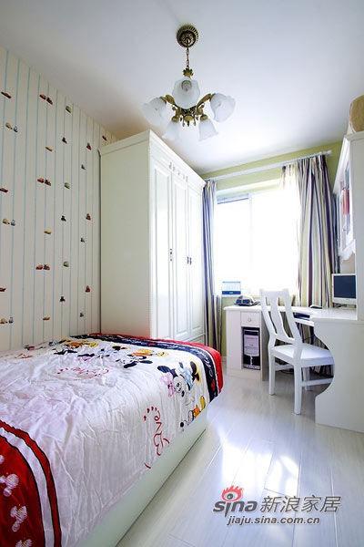 现代 简约 卧室 80后 温馨图片来自用户2772840321在22款舒适卧室装修 宅家族的窝心体验的分享