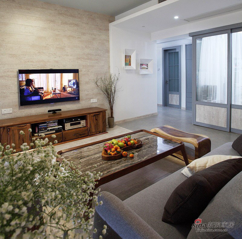 现代 三居 客厅图片来自佰辰生活装饰在8万打造102平现代休闲主义舒居20的分享