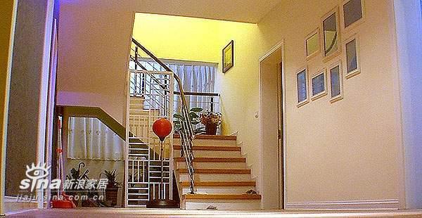简约 跃层 楼梯图片来自用户2558728947在8万打造的170平31的分享