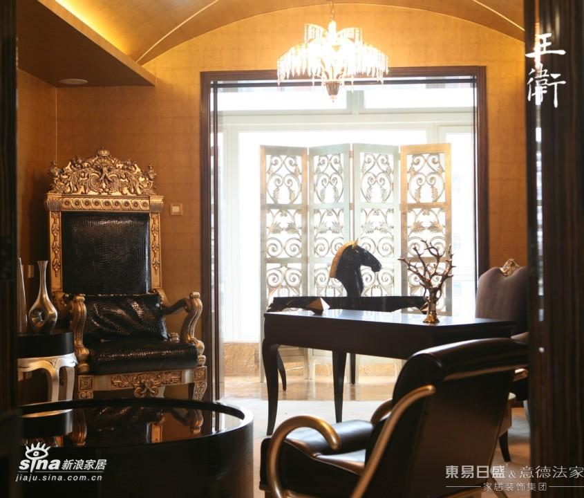 简约 三居 客厅图片来自用户2738813661在灵动之家色彩搭配96的分享
