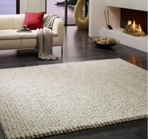 毛线编织的地垫