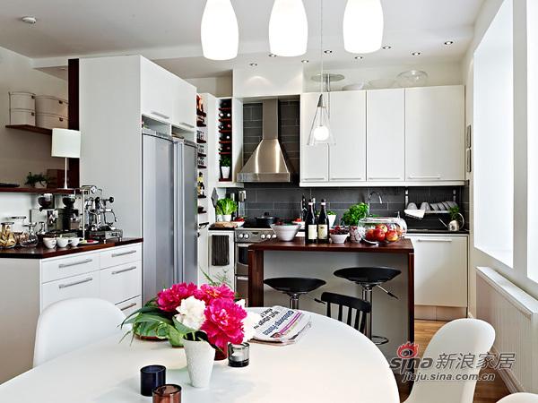 简约 二居 厨房图片来自用户2739081033在强悍女4万装70平精美二居29的分享