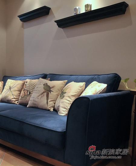 美式 二居 客厅图片来自用户1907686233在【高清】11万营造88平美式休闲两居室33的分享