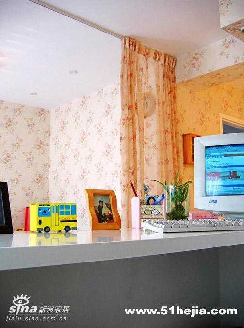 简约 复式 书房图片来自用户2738829145在三代同堂共享欧式田园家78的分享