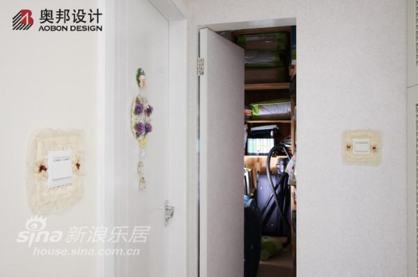 客厅卫生间之间的动线增添了亮点
