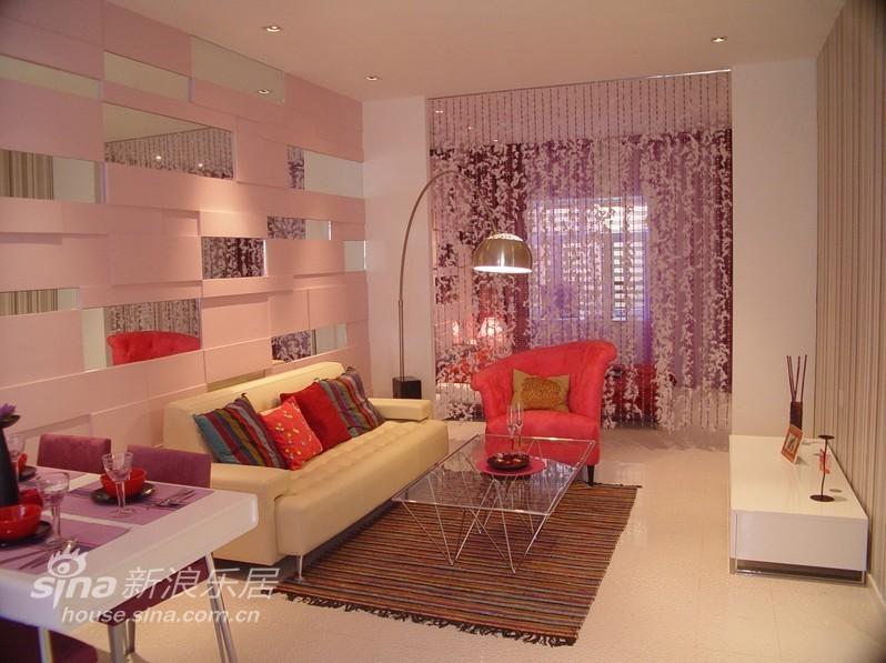 简约 一居 客厅图片来自用户2558728947在女性主张 色彩一居96的分享