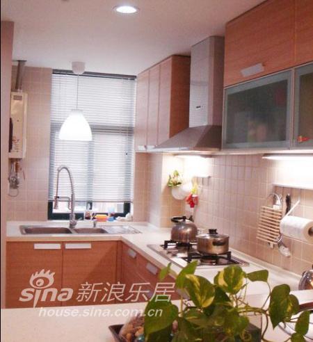 简约 二居 厨房图片来自用户2739081033在用心打造精致两居93的分享