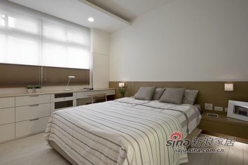简约 三居 卧室图片来自用户2745807237在简洁生活线条97的分享