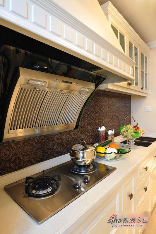 混搭 三居 厨房图片来自用户1907655435在11万清包精装125平混搭3居33的分享