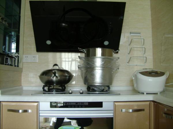 厨房-西-灶台区