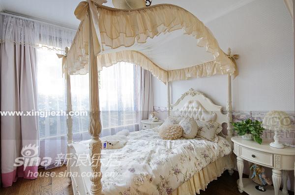 其他 四居 客厅图片来自用户2558746857在上海滩花园洋房58的分享