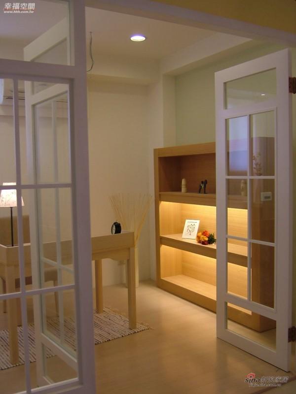 田园 三居 书房图片来自幸福空间在2.9万浪漫英国风90平优雅98的分享