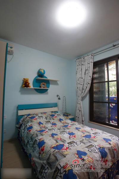 现代 简约 卧室 屌丝图片来自用户2772840321在22款舒适卧室装修 宅家族的窝心体验的分享