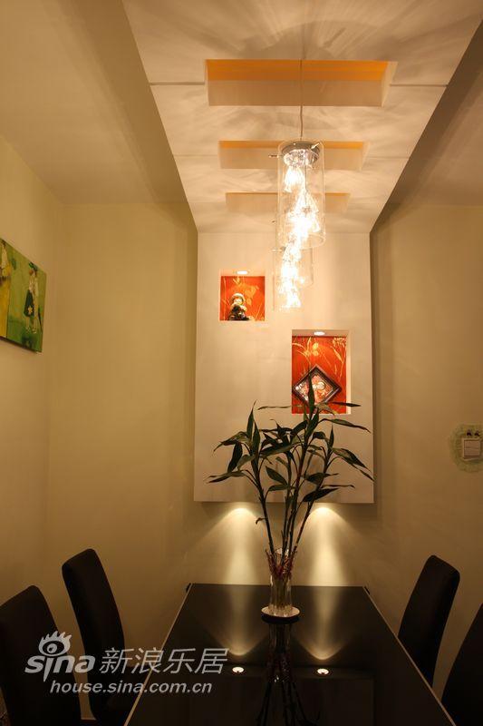 简约 一居 餐厅图片来自用户2558728947在繁复中体会柔雅,简洁中混搭前卫48的分享