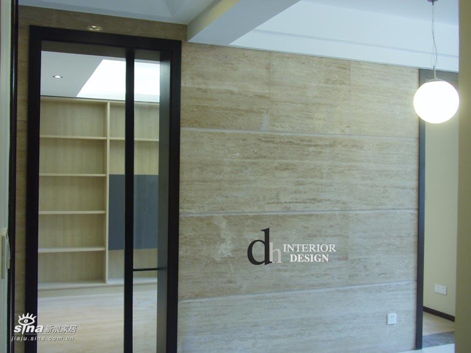 简约 别墅 客厅图片来自用户2739378857在上海山水景苑--单身小别墅37的分享