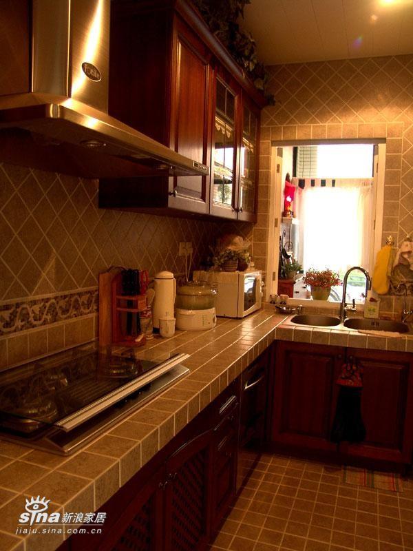 欧式 别墅 厨房图片来自用户2746953981在新古典30的分享