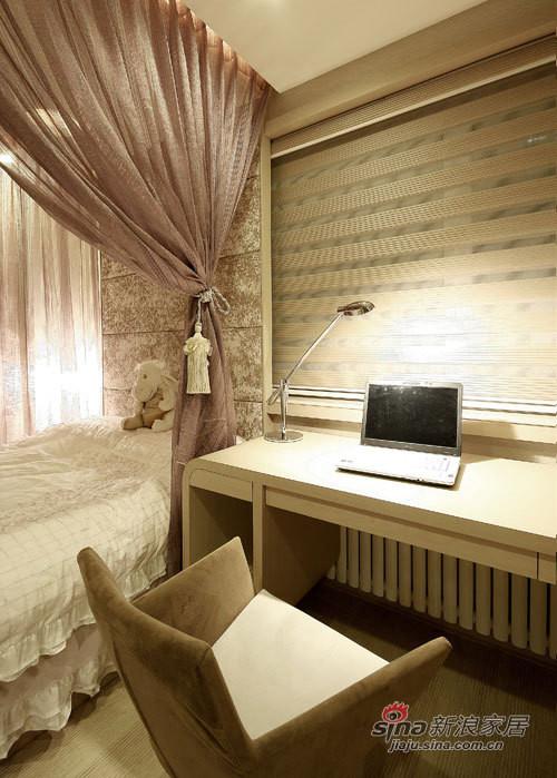 卧室工作台