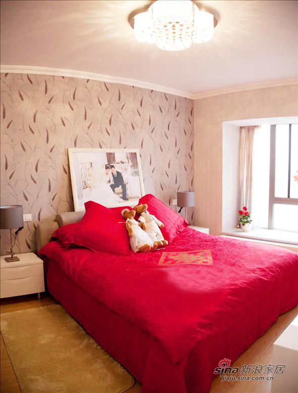 简约 二居 卧室图片来自佰辰生活装饰在【高清】新婚小两口93平温馨简约婚房49的分享
