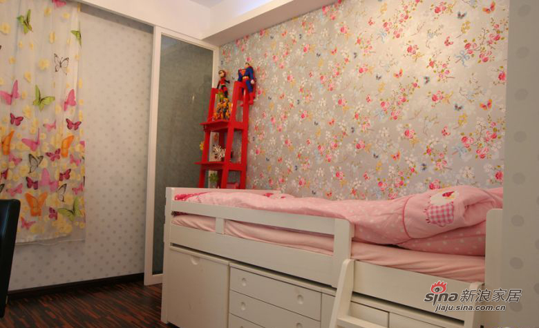 现代 三居 儿童房图片来自装修微日记在【高清】114平古朴典雅现代3居室64的分享