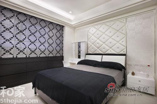 简约 一居 卧室图片来自用户2737786973在个性时尚黑白设计35的分享